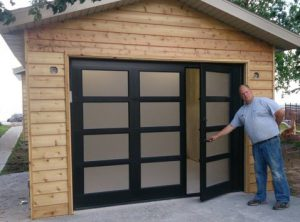Pros And Cons Of A Garage Door With Pedestrian